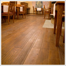 PREFINISHED AND AGED WOODEN FLOORS